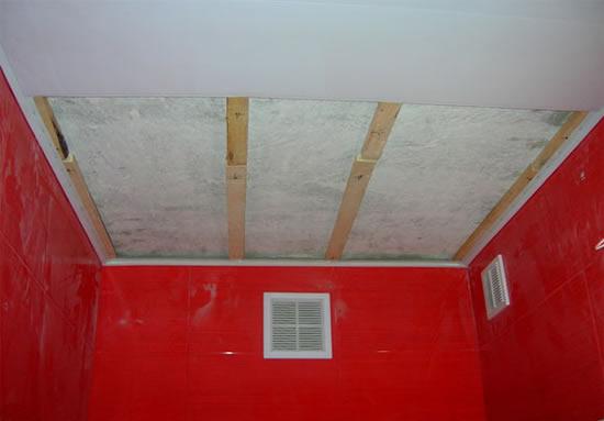 Потолок пластиком своими руками в ванной