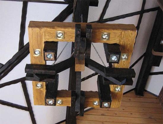 Светильники из дерева для дачи фото